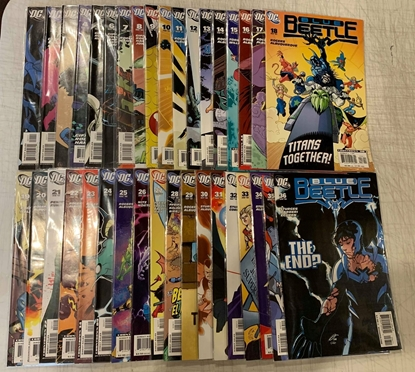 Picture of BLUE BEETLE (2006) #1-36 SET VF/NM